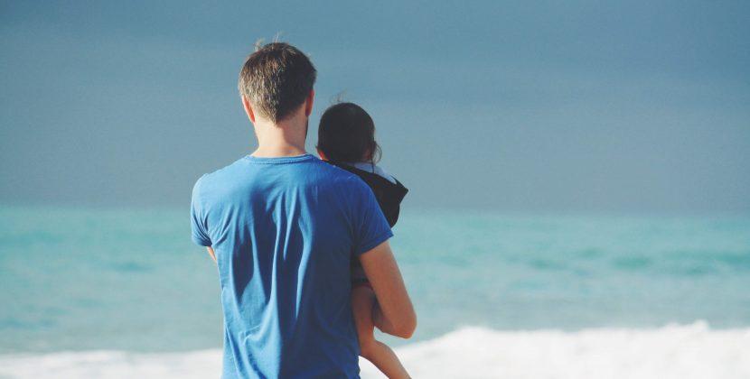 Keutamaan Berbakti kepada Orang Tua